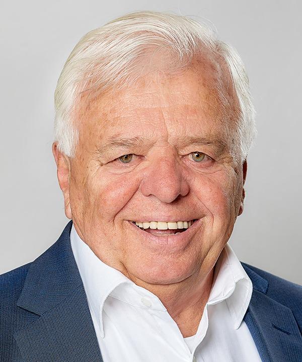 Dr. Hartl Autoverleih | Karl Dienesch