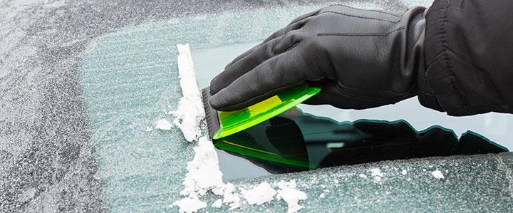 Dr. Hartl Autoverleih | Tipps fürs richtige Autowaschen im Winter